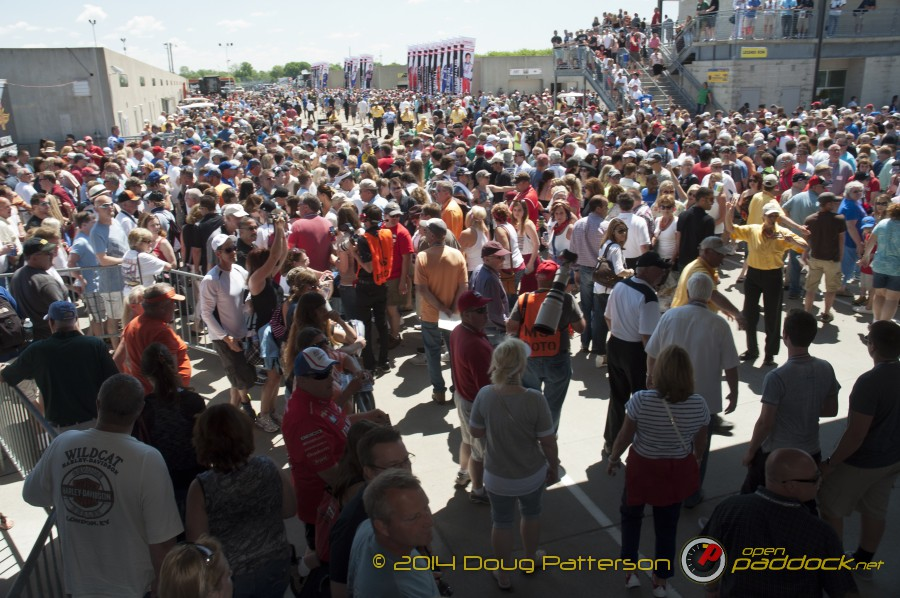 2014-Indy500_05-23-14_118_CarbDay