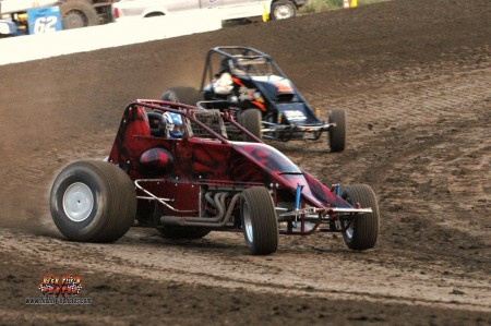 Proper open-wheel dirt cars. No wings, no fender, all guts! -Photo by John Lee, http://www.highfly-nphotos.com/